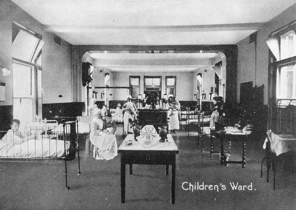A black and white photograph of a children's hospital ward dating to 1922